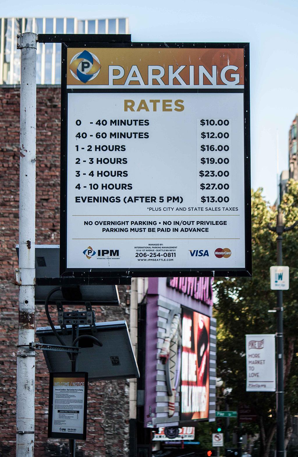 Lest euch die Parkgebühren durch....deswegen haben wir einen Strafzettel riskiert bei dem wir mit €49 auch nicht günstiger wegkamen