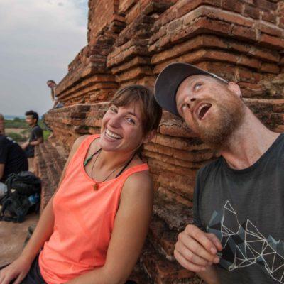 Wir auf dem Tempel in Bagan